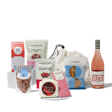 Give Delicious Goodies | Buy a Gorgeous Gift Hamper Online with Rose