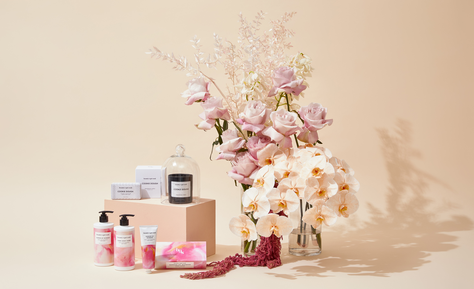 beauty's got soul unique gift hampers filled with candles, bath & body products