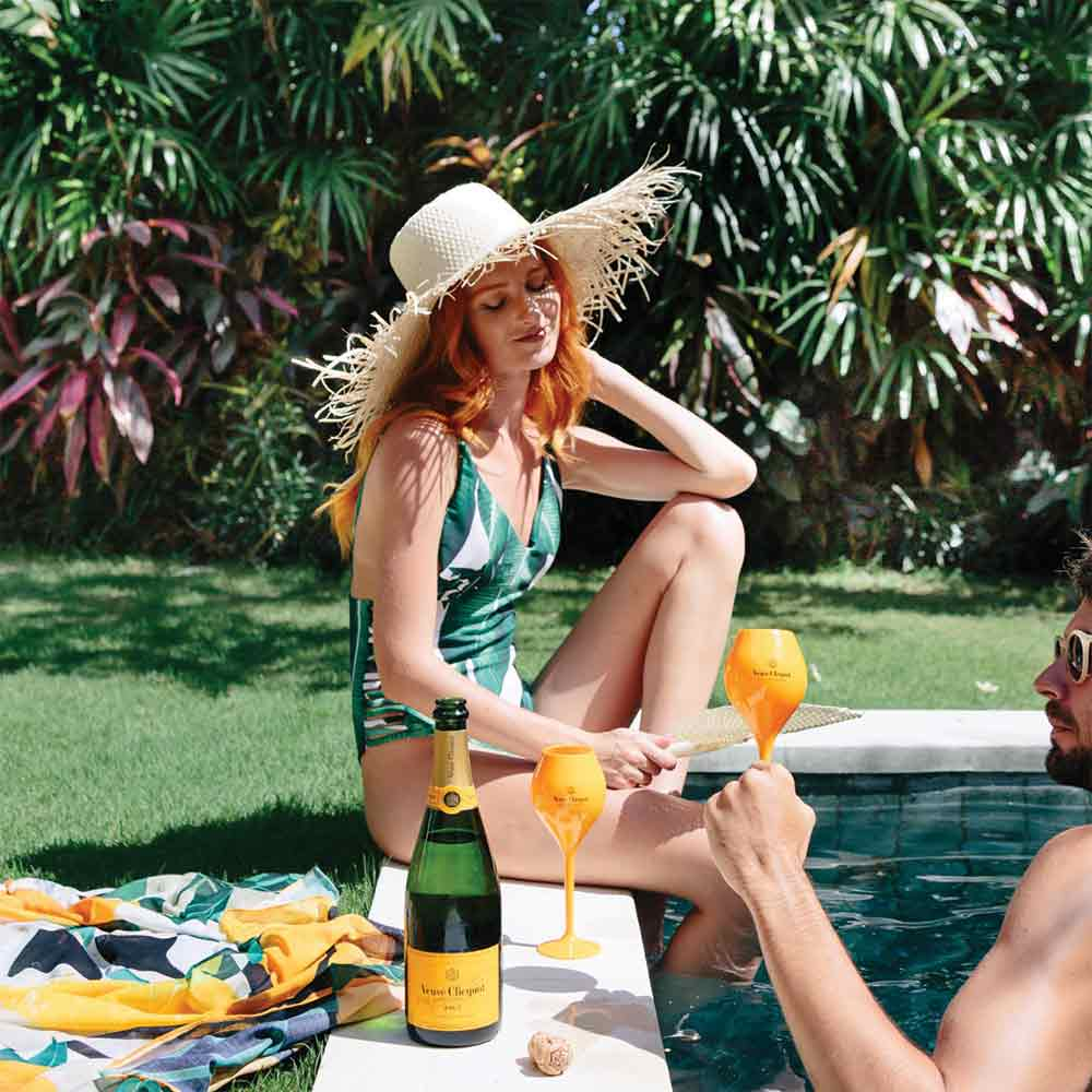 Veuve Clicquot and Veuve Goblets | Luxury Gift Hampers